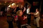 Yvonne Palm låter inte en operation hindra henne från att dansa. Det finns ju rullstol.