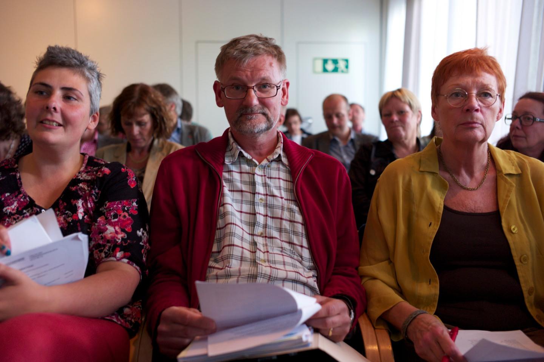 Vänsterpartisterna Anna Gül Ogbeide, Mats Pilhem och Annita Boije i den trånga lokalen. På plats var även Anjelica Hammersjö men jag hade inte ett tillräckligt vidvinkligt objektiv för att få med alla fyra på bild.