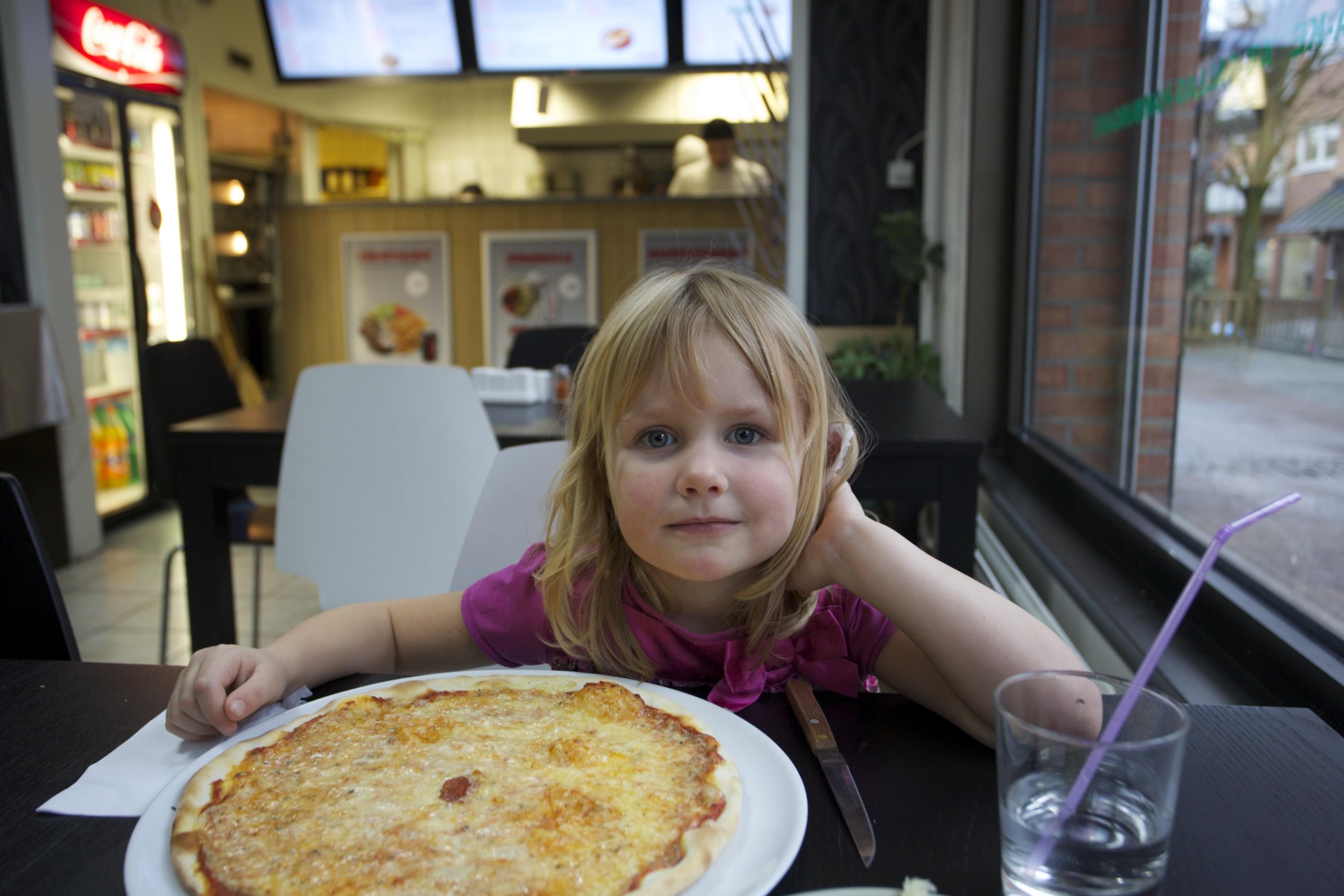 juventus pizzeria lövgärdet nummer