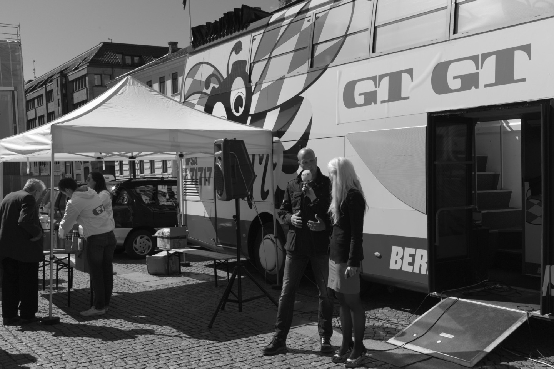 Bonnierägda GT har sålt många lösnummer på sin populistiska kampanj och försätter inte en bra chans till publicitet.