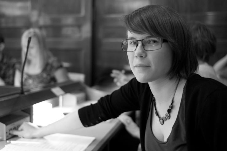 Anjeica Hammersjö (V) röstar för HBTQ-rådet. Borgarna röstade för återremiss.