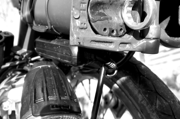 Här får den precis plats även när cykeln har fällts ihop.
