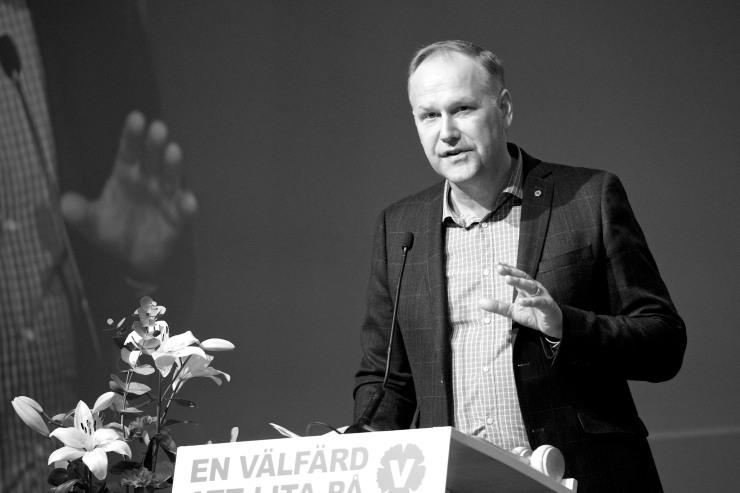 Jonas Sjöstedt höll inledningsanförande.