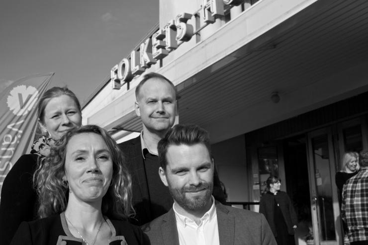 Från vänster: Helen Engholm, Maj Karlsson, Jonas Sjöstedt och Hans Linde.