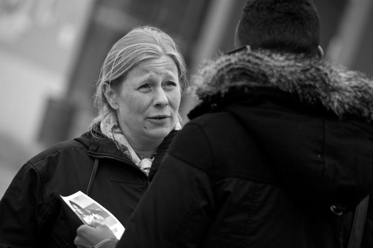 Många ville samtala med Helen Engholm.