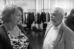 Yvonne Palm (V) pratar med Dan Melander, Projekt Utveckling Nordost.