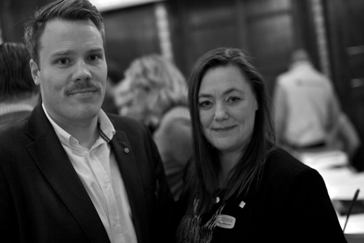 Daniel Bernmar (V) och Stina Svensson (FI)