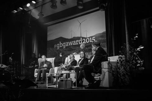 Alan AtKisson modererar panelsamtal med Kristina Jonäng, Elisabeth Undén, Michael Walmerud och THomas Kåberger.